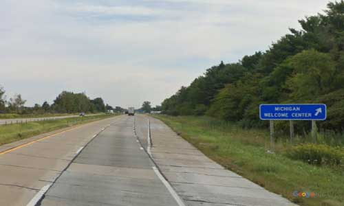 mi us route 23 michigan us23 dundee welcome center northbound mile marker 7 off ramp exit